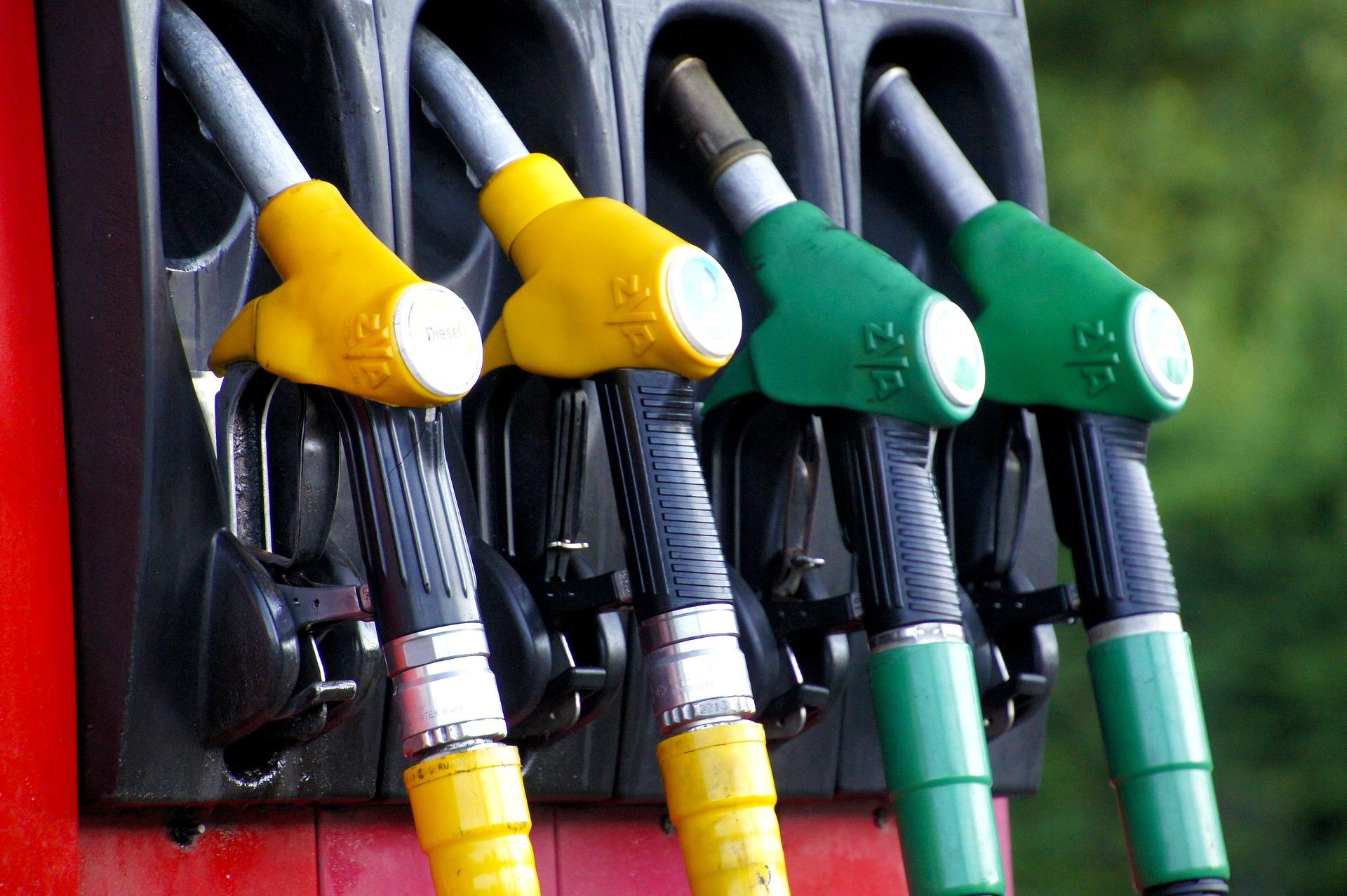 voiture-essence-ou-voiture-diesel.jpg